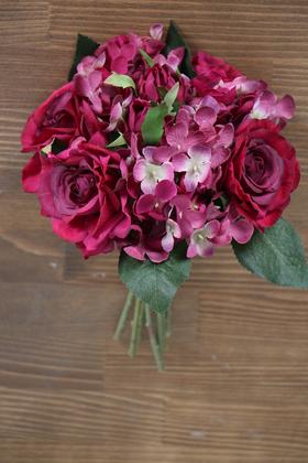 Yapay Çiçek Deposu - 9 Dal Kibar Soft Gül Aranjmanı Fuşya-Bordo
