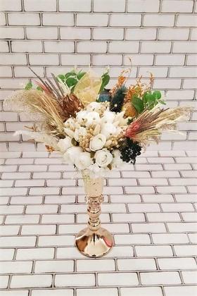 Yapay Çiçek Deposu - Alfa Beyaz Gül ve Kuru Çiçek Şöleni Dekor Kız İsteme Hediyelik Aranjman Beyaz Yeşil
