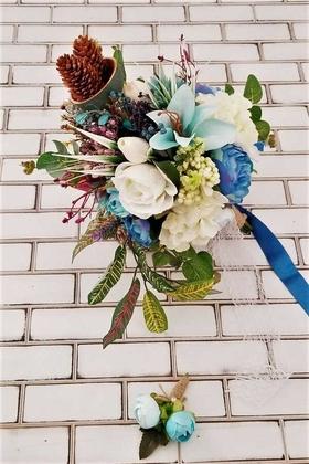 Yapay Çiçek Deposu - Bellanca Mavi Beyaz Ortanca Lilyum Şakayık Güller Karnavalı Gelin Buketi 2li Set