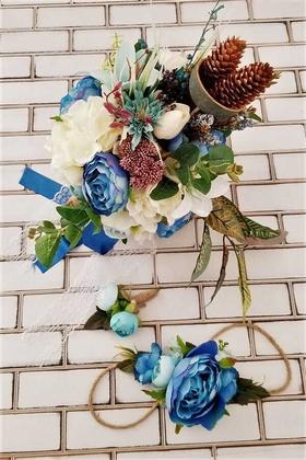 Yapay Çiçek Deposu - Bellanca Mavi Beyaz Ortanca Lilyum Şakayık Güller Karnavalı Gelin Buketi 3lü Set