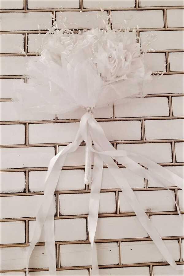 Beyaz Güller İncili Nostalji El Buketi