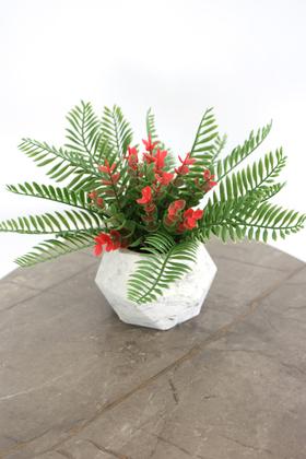 Yapay Çiçek Deposu - Beton Saksıda Yapay Masa Çiçeği Model 16
