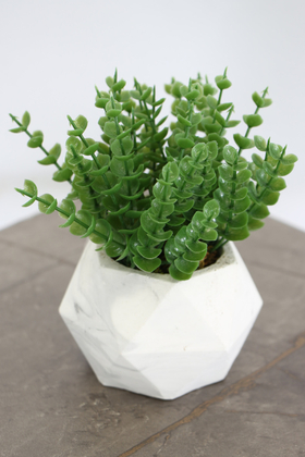 Yapay Çiçek Deposu - Beton Saksıda Yapay Masa Çiçeği Model 9