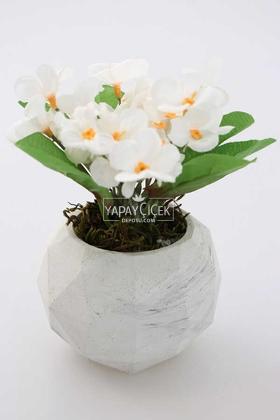 Yapay Çiçek Deposu - Mermer Görünümlü Beton Saksıda Menekşe Çiçeği Beyaz